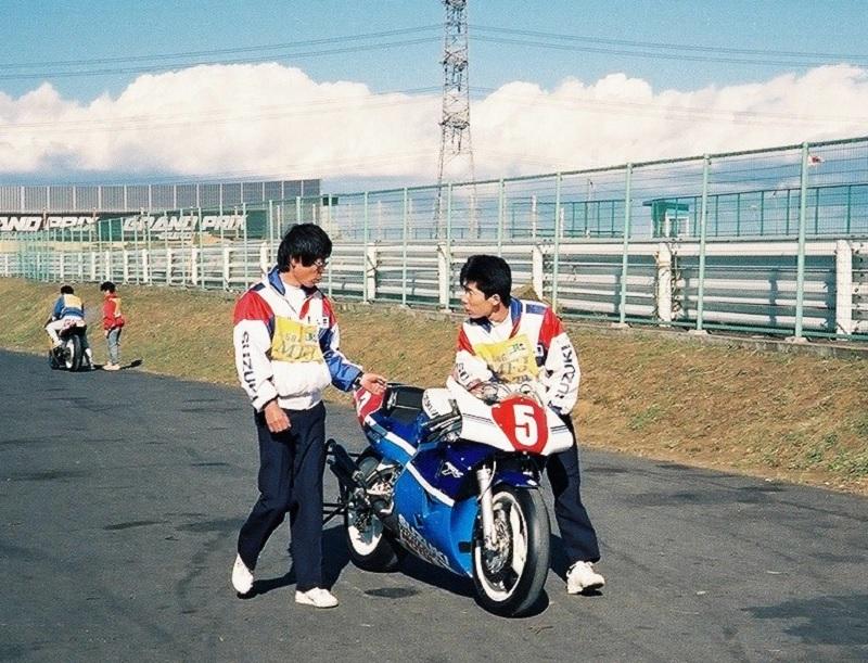 スズキ RGVΓ500