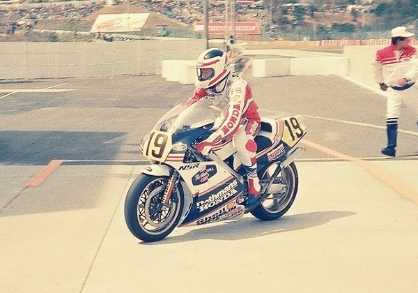 19880327-03-フレディ・スペンサー-引退走行