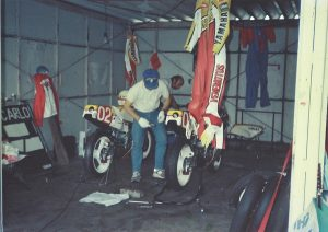 19860921-03-ヤマハ YZR250 カルロス・ラバード