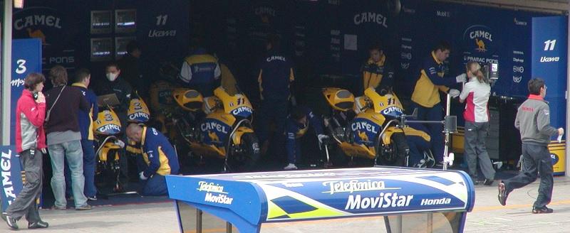 2003年4月4日 日本GP 鈴鹿サーキット CAMEL Honda #3 Max Biaggi(マックス・ビアッジ) #11 宇川徹(Tohru UKAWA)