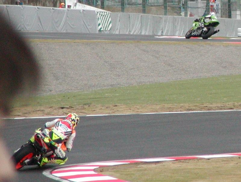2003年4月5日 日本GP 鈴鹿サーキット シケイン MotoGPクラス #46 Valentino Rossi(バレンティーノ・ロッシ)