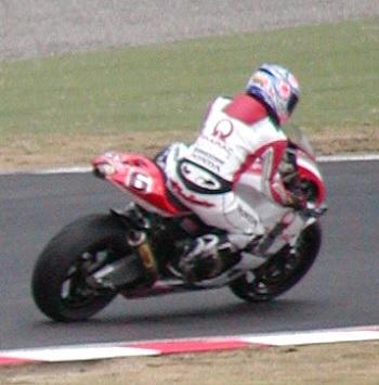2003年4月5日 日本GP 鈴鹿サーキット シケイン MotoGPクラス #6 玉田誠(Makoto TAMADA)