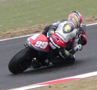 2003年4月5日 日本GP 鈴鹿サーキット シケイン MotoGPクラス