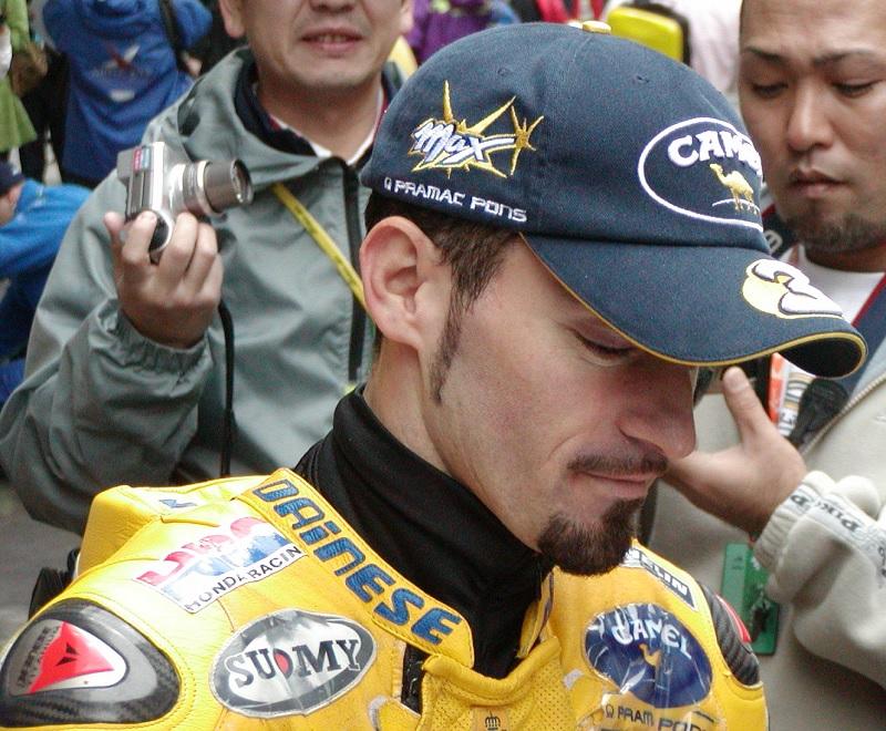 2003年4月5日 日本GP 鈴鹿サーキット CAMEL Honda #3 Max Biaggi(マックス・ビアッジ)