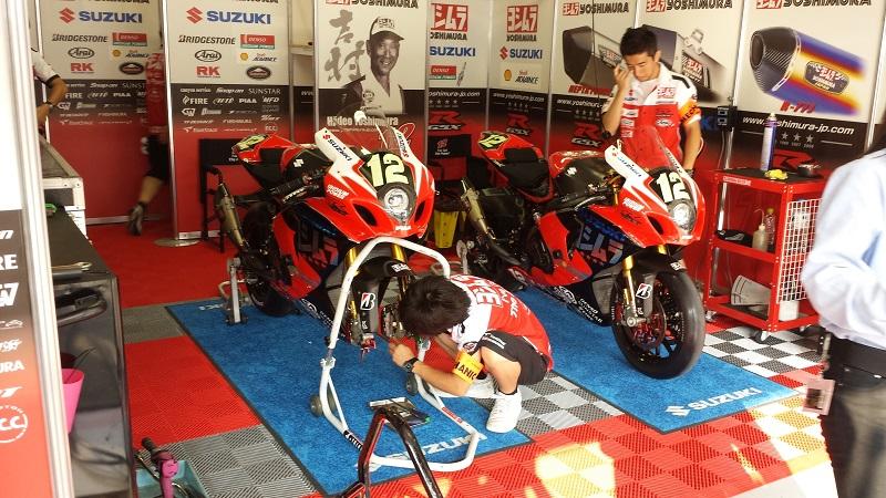 2013/07/28 鈴鹿8耐 鈴鹿サーキット ヨシムラスズキ レーシングチーム