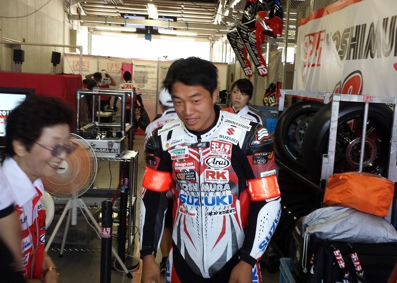 2013/07/28 鈴鹿8耐 鈴鹿サーキット ヨシムラスズキ レーシングチーム 津田拓也