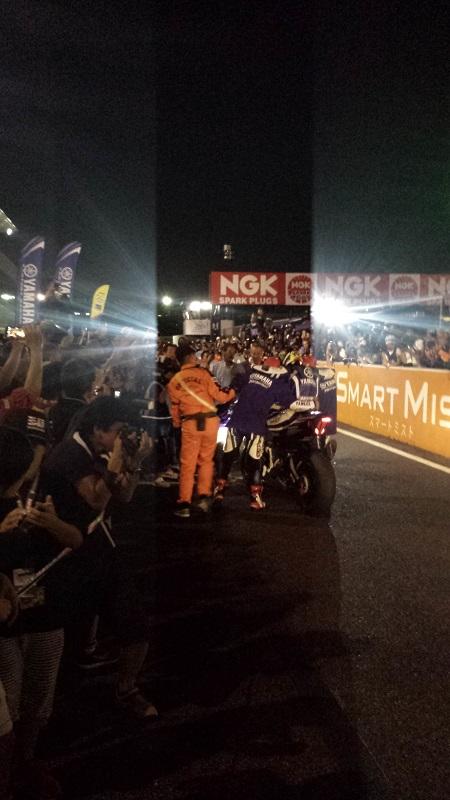 2016年7月31日 鈴鹿8耐 ゴール後のピットロード #21 YAMAHA FACTORY RACING TEAM